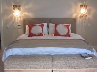 Bedroom 1(sleep 2)